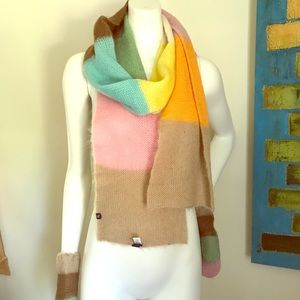 GAP scarf & mittens set! NWOT.
